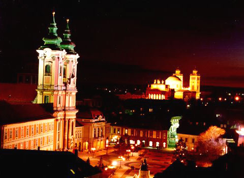 Eger is a city of grape and wines. Its fort offers an excellent view of the beautiful downtown. The city, with its glorious historical past, minarets and palaces is a place of thermal baths, good food, wine and of course, good cheer. It is 125 kms far from Budapest.