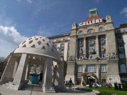 Bagni Termali Gellert : Il bagno termale e piscina di gellért budapest e ungheria